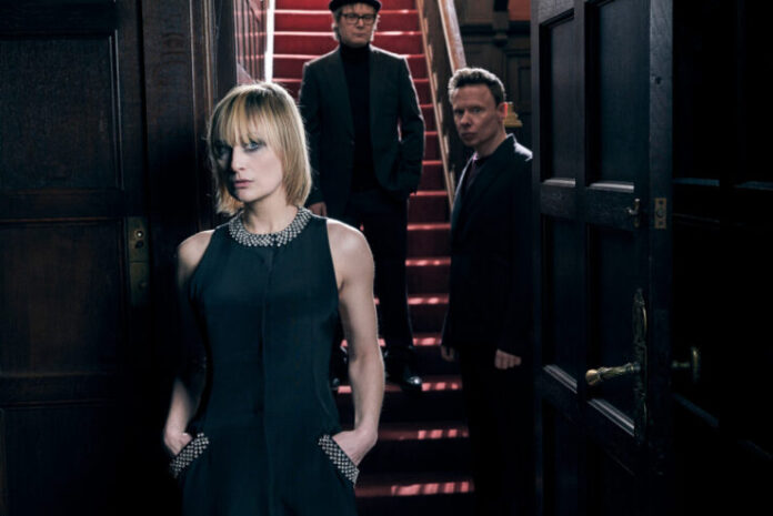 Hooverphonic sing for Belgium at Eurovision 2021